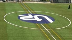 Logotipo en Campo de Fútbol.