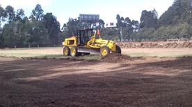 Movimiento de tierra para la construcción de Cancha de Fútbol con grama Sintetica